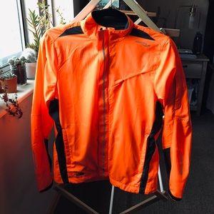 LIGHT UP Saucony jacket